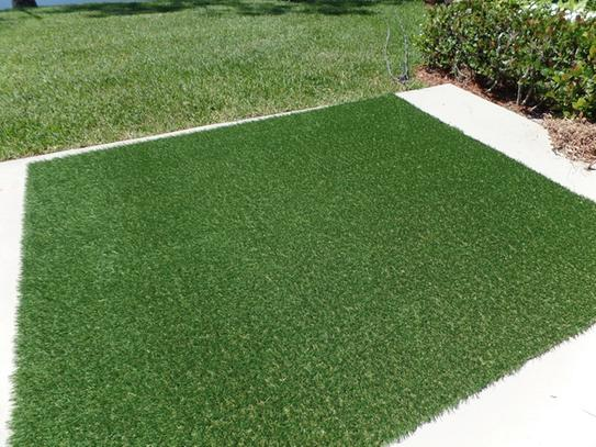 Artificial grass for backyards
