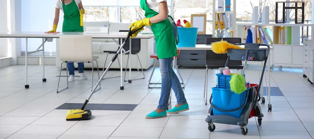 Sufficient reasons to hire commercial cleaning services for your office