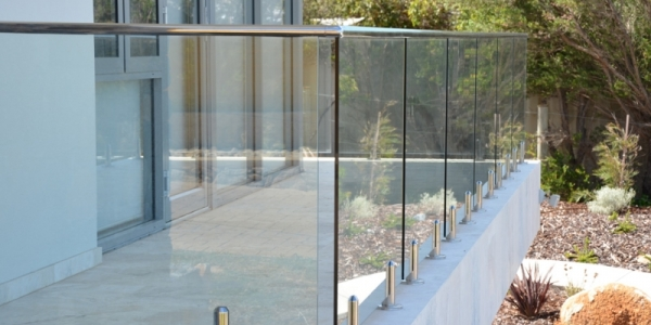 Useful Guide for Purchasing Glass Balustrades and Stainless Steel Products